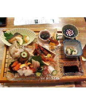 夕食は、富山湾の海の幸